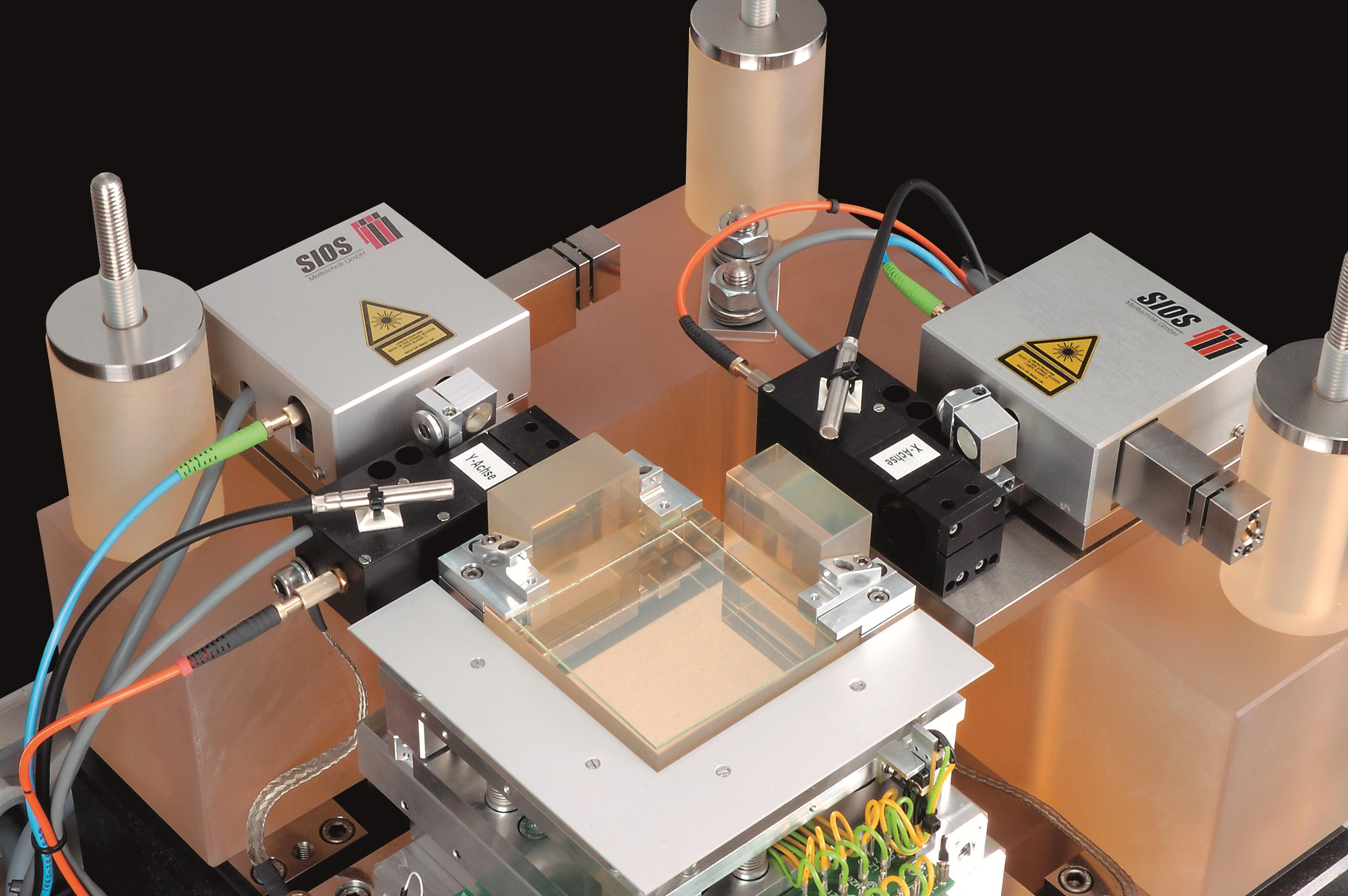SIOS Nanopositioning and Nanomeasuring Machine NMM 1-3 CMYK